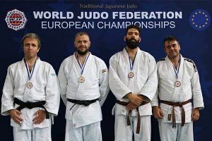Ross Elliot takes gold in the 2018 WJF European Championships