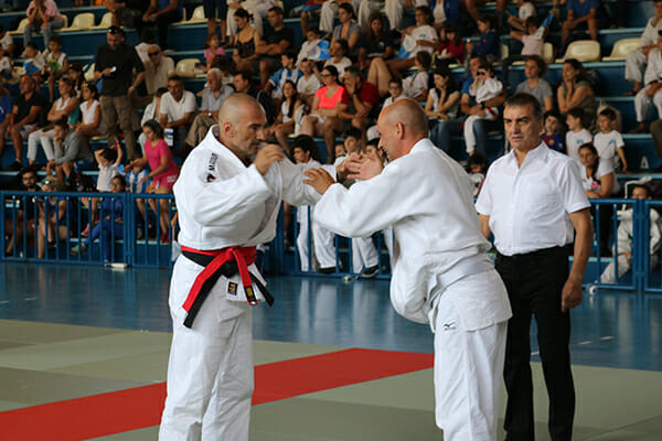 Competitors face off at the 2018 WJF European Championships